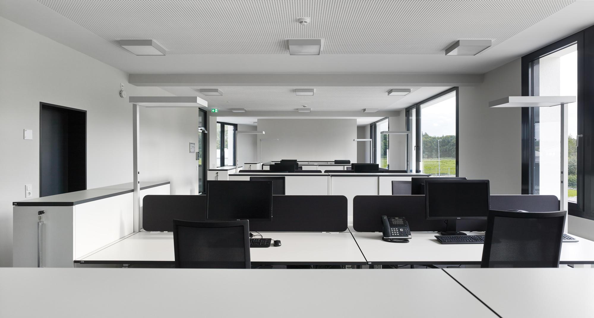 neubau-jadepack-bueroraeume-schoenbornschmitz-architekten